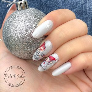 dwarfs christmas nail art
