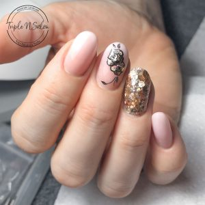 baby boomer ombre nails with glitter and rose design
