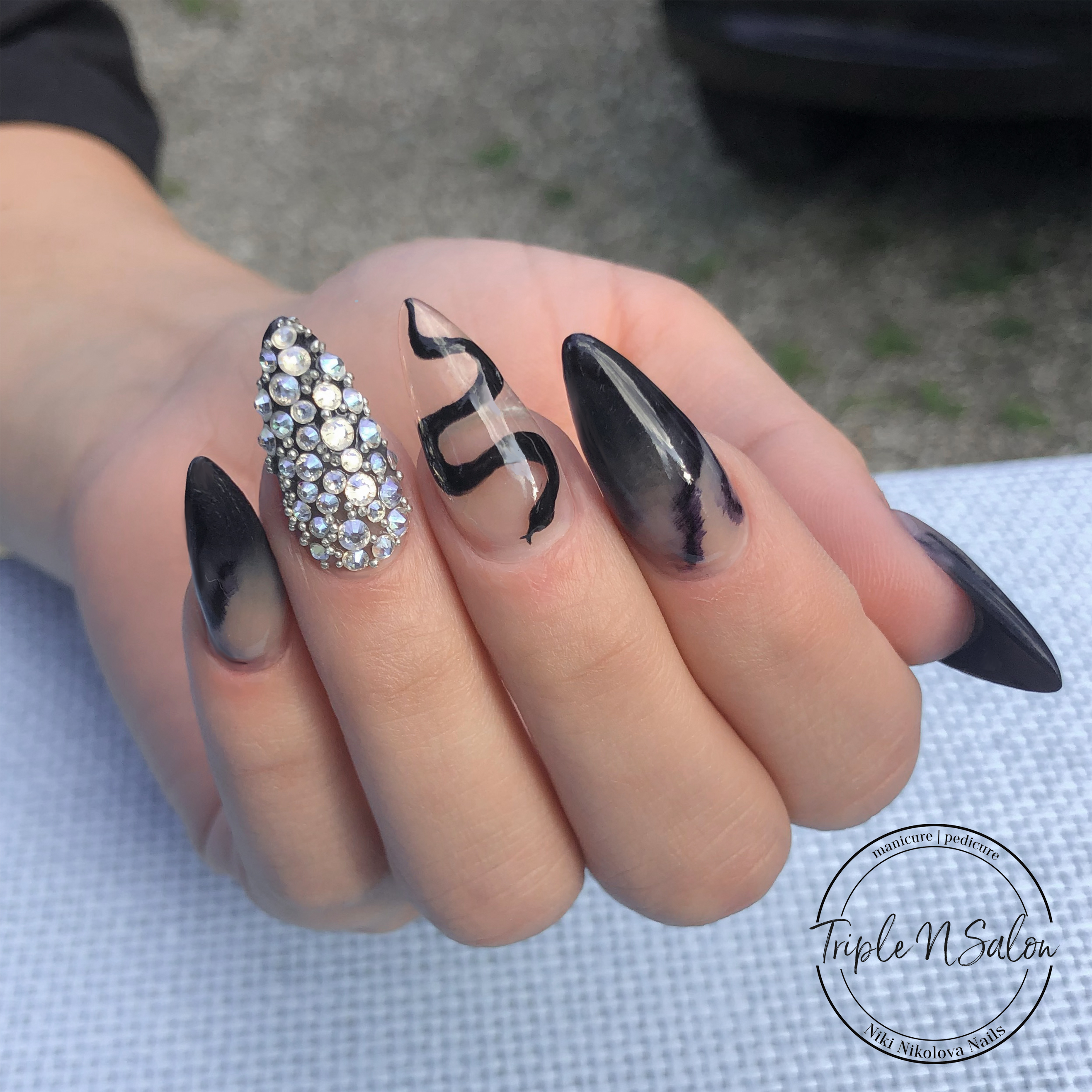 Nail Extensions Types – How to chose?