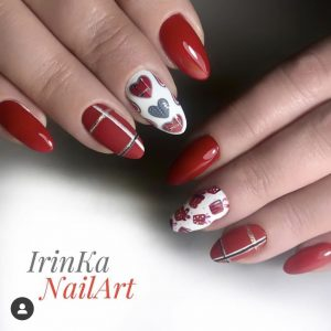 Photo 01-10red simple christmas nails 2019, 11 38 56