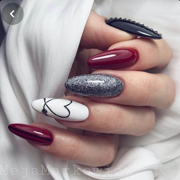 simple red nails with hearts and glitter - love nail art